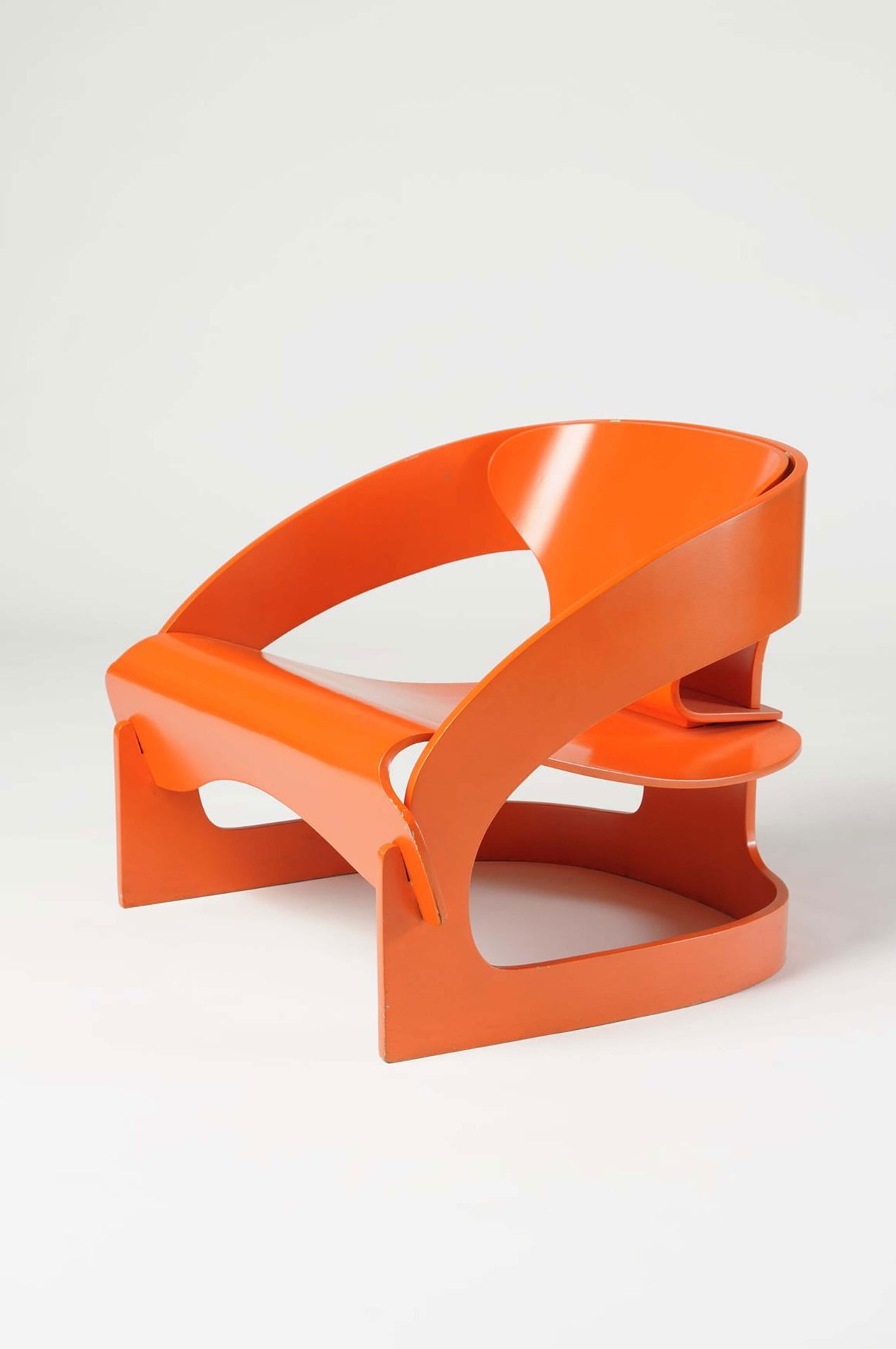 <BODY>Joe Colombo, Armchair, Model No. 4801, Italy, 1963<br />Plywood, bent, with orange painted polyester<br />© MAK/Nathan Murrell</BODY>