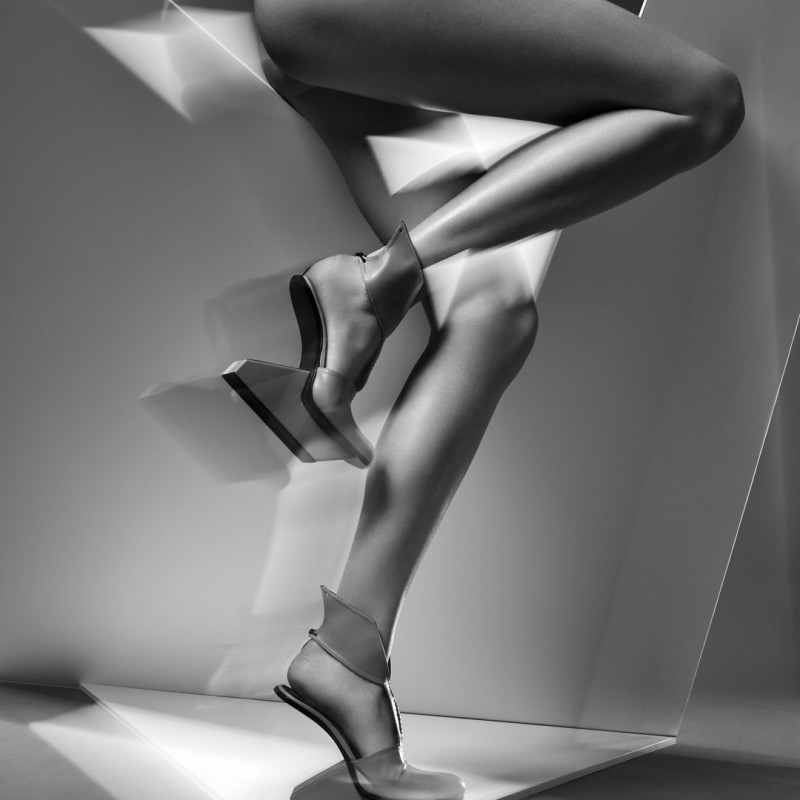 Show off, Show on!Carolin Holzhuber, SYNCHRONICITY_SYNC 6, Synchronicity FW 19/20 © Warren Du Preez and Nick Thornton Jones