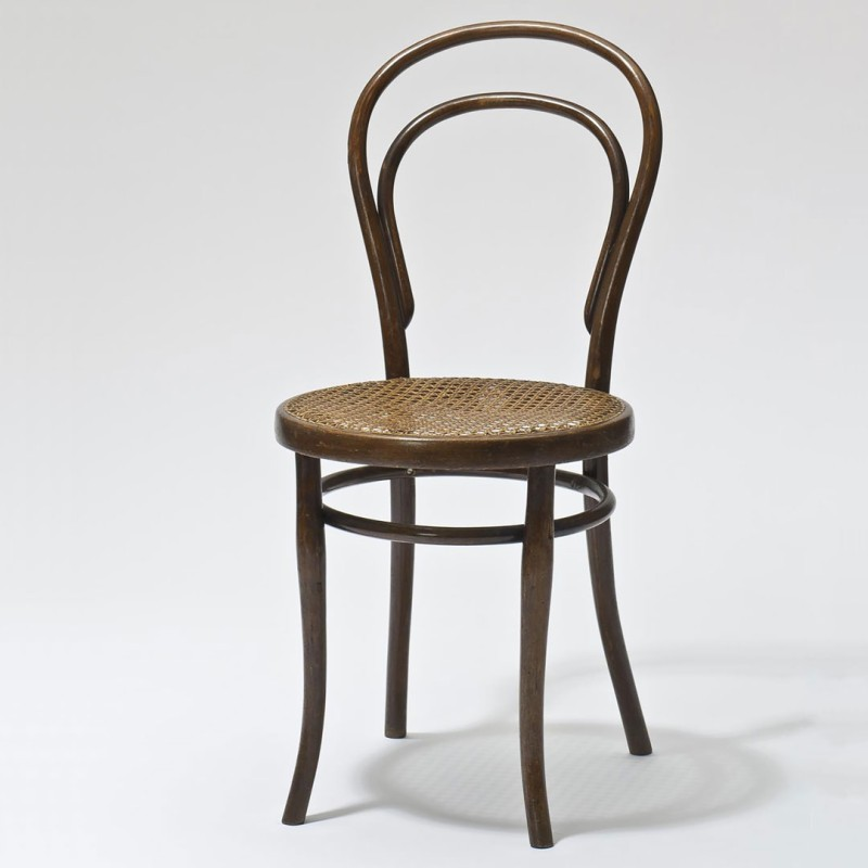 BENTWOOD AND BEYONDBENTWOOD AND BEYOND: Thonet and Modern Furniture Design Thonet Brothers, Chair, model no. 14, Vienna, 1859 (execution: 1890–1918)  © MAK/Georg Mayer