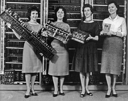 HYSTERICAL MINING (working title)Women holding parts of the first four Army Computers. From left to right: Patsy Simmers (mathematician/programmer), holding ENIAC board; Gail Tay-lor, holding EDVAC board; Milly Beck, holding ORDVAC board; Norma Stec (mathematician/programmer), holding BRLESC-I board, 1962Historic computer images from the archives of the U.S. Army Research Labor-atory Technical Library© U.S. Army Photo