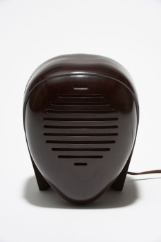 "Baby monitor ""Zenith Radio Nurse,"" 1938Design: Isamu NoguchiExecution: Zenith Radio, USABakelite; 31 × 18.5 × 17.5 cmKargl Collection 34.01.02.08.239© The Isamu Noguchi Foundation and Garden Museum, New York / Artists Rights Society [ARS]Photo: © MAK/Georg Mayer"