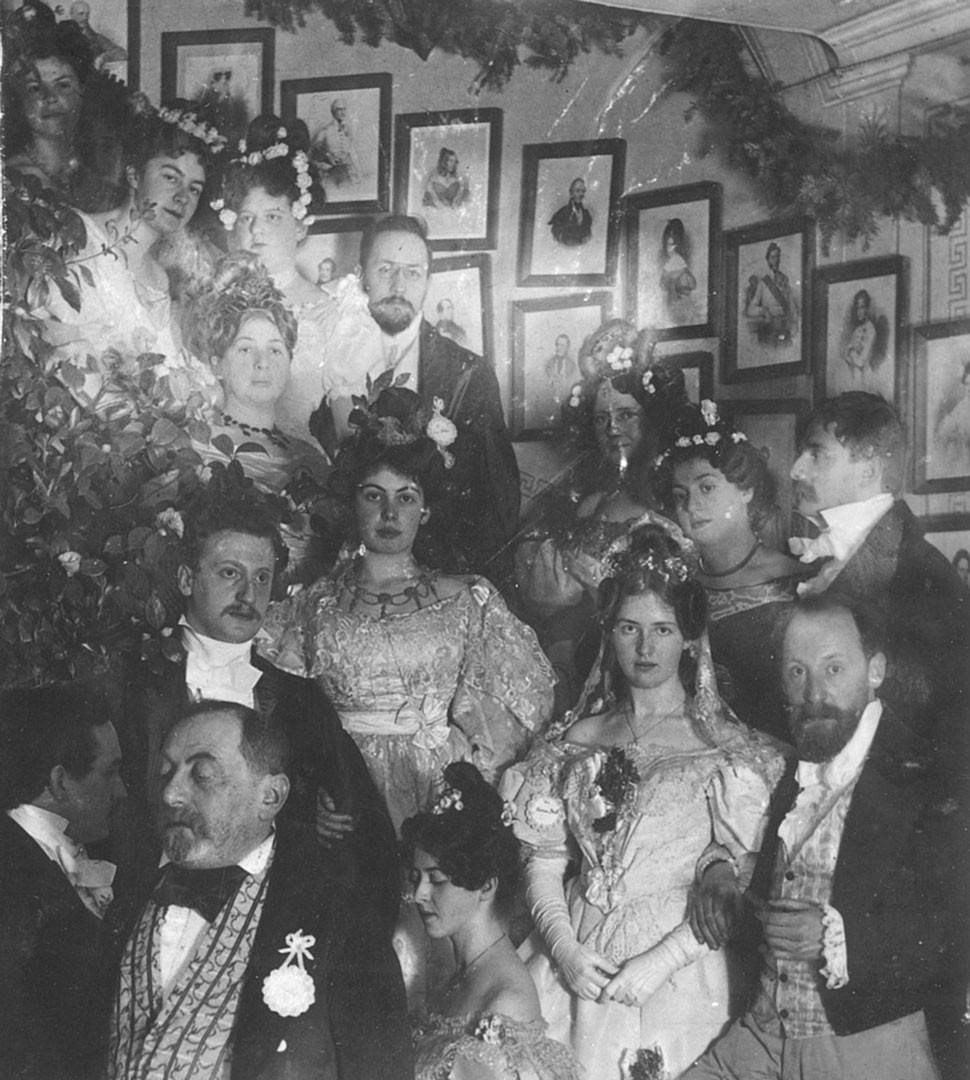 <BODY>Social gathering in the Geymüllerschlössel on the occasion of the double wedding of Käthy Mautner with Hans Breuer and his brother Robert Breuer with Hanna Brüll, 1906 © Elisabeth Baum-Breuer</BODY>