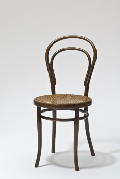 BENTWOOD AND BEYOND: Thonet and Modern Furniture DesignThonet Brothers, Chair, model no. 14, Vienna, 1859 (execution: 1890–1918)© MAK/Georg Mayer