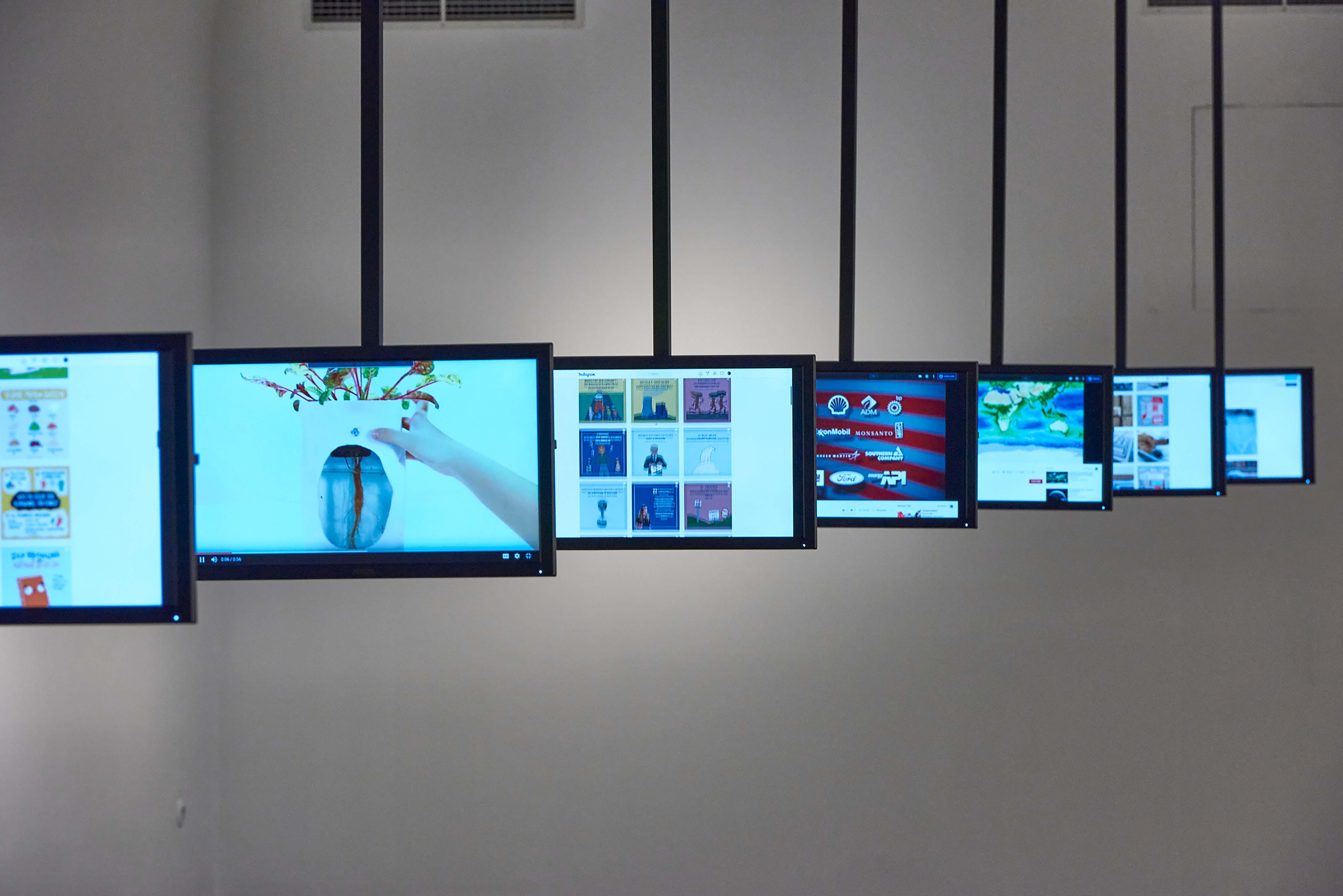 <BODY><div>MAK Exhibition View, 2020</div><div>Florian Semlitsch: Subscribe Climate Care</div><div>MAK GALLERY</div><div>© MAK/Georg Mayer</div></BODY>